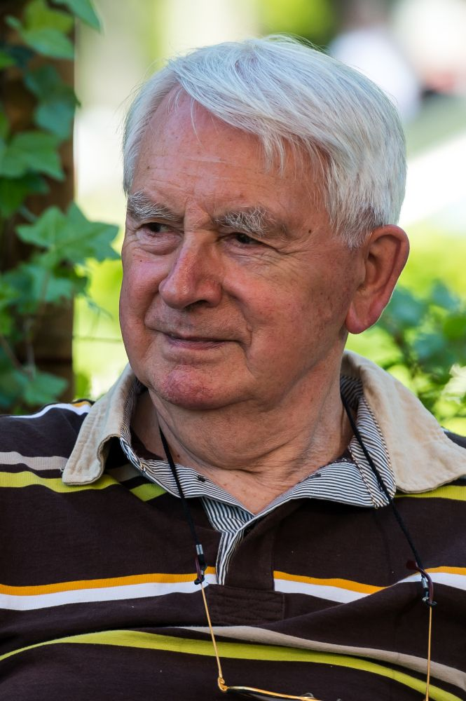 In memoriam Gerrit van Keulen